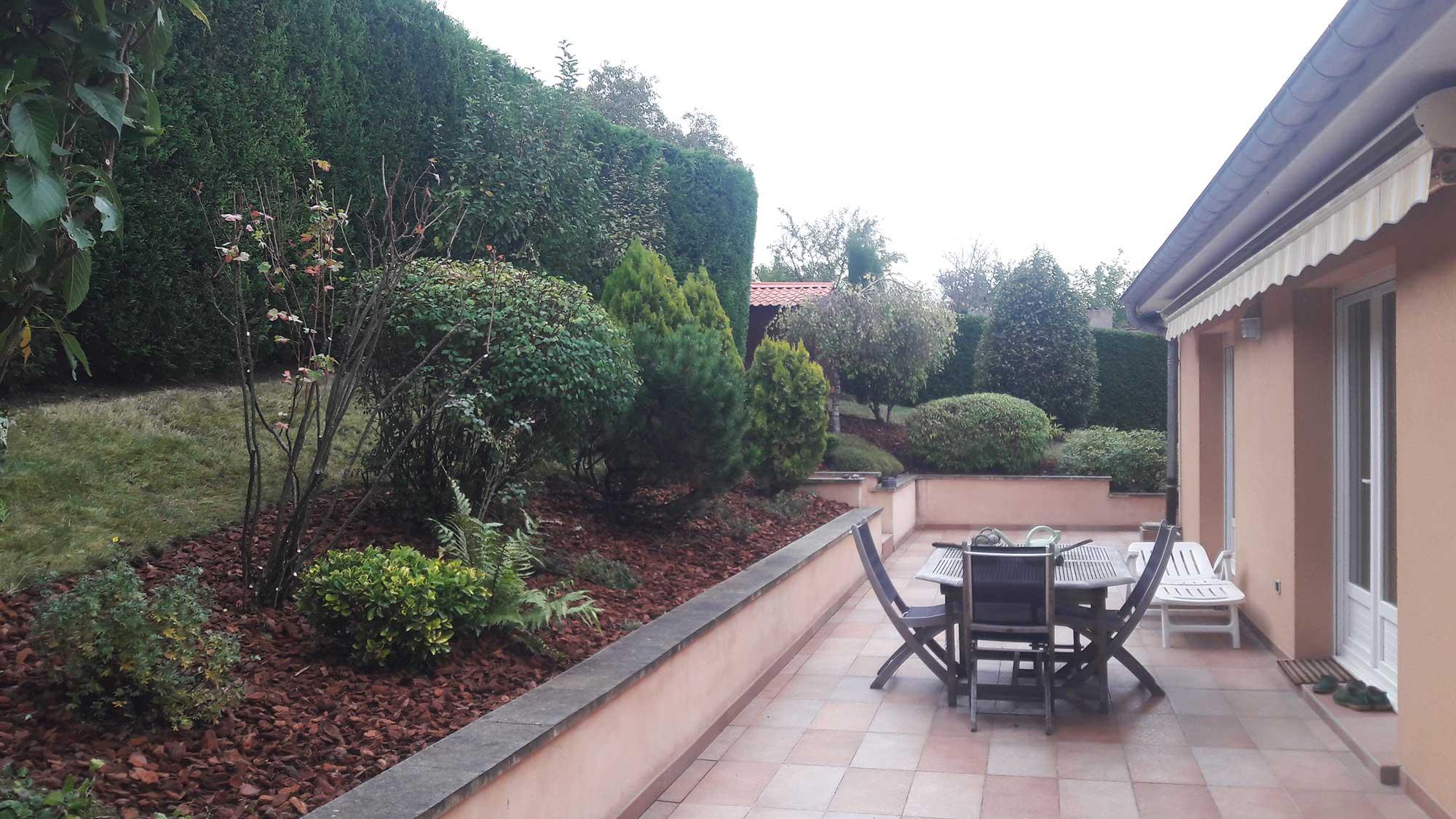 Entretien de jardin s a r l des tailles d 39 arbres for Entretien jardin 76